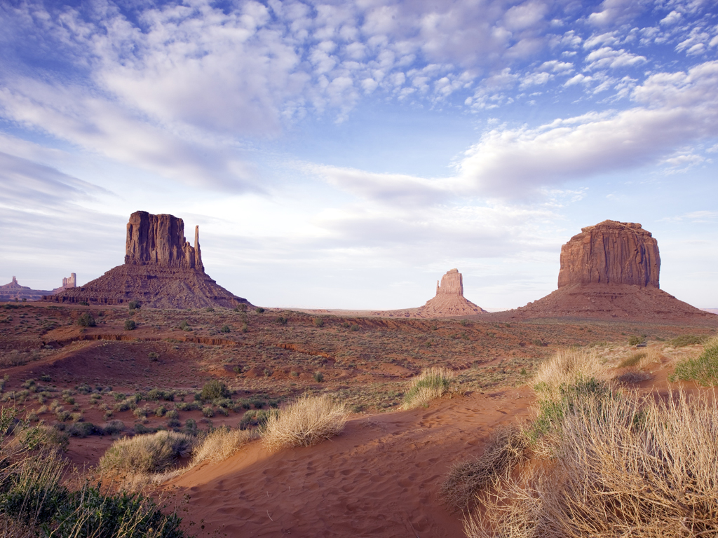 environment_monument-valley-by_pixabay_CC_0_Public_Domain
