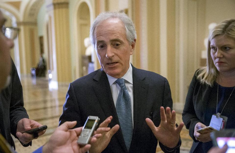 Sen. Bob Corker's bets on hedge funds need to be looked into, says watchdog group